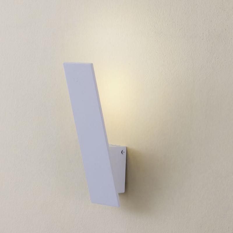 Светильник настенный CitiluxНастенные светильники и бра<br>Тип: настенный, Назначение светильника: для комнаты, Стиль светильника: хай-тек, Материал светильника: металл, Тип лампы: светодиодная, Количество ламп: 6, Мощность: 1, Патрон: LED, Цвет арматуры: белый, Ширина: 60, Высота: 240, Удаление от стены: 100<br>