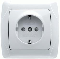 Розетка VikoЭлектроустановочные изделия<br>Тип изделия: розетка,<br>Способ монтажа: скрытой установки,<br>Цвет: белый,<br>Заземление: есть,<br>Сила тока: 16,<br>Степень защиты от пыли и влаги: IP 20,<br>Количество гнезд: 1,<br>Выходная мощность максимально: 3500,<br>Напряжение: 220<br>