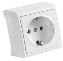 Розетка VikoЭлектроустановочные изделия<br>Тип изделия: розетка,<br>Способ монтажа: открытой установки,<br>Цвет: белый,<br>Заземление: есть,<br>Сила тока: 16,<br>Степень защиты от пыли и влаги: IP 20,<br>Количество гнезд: 1,<br>Выходная мощность максимально: 3500,<br>Напряжение: 220<br>