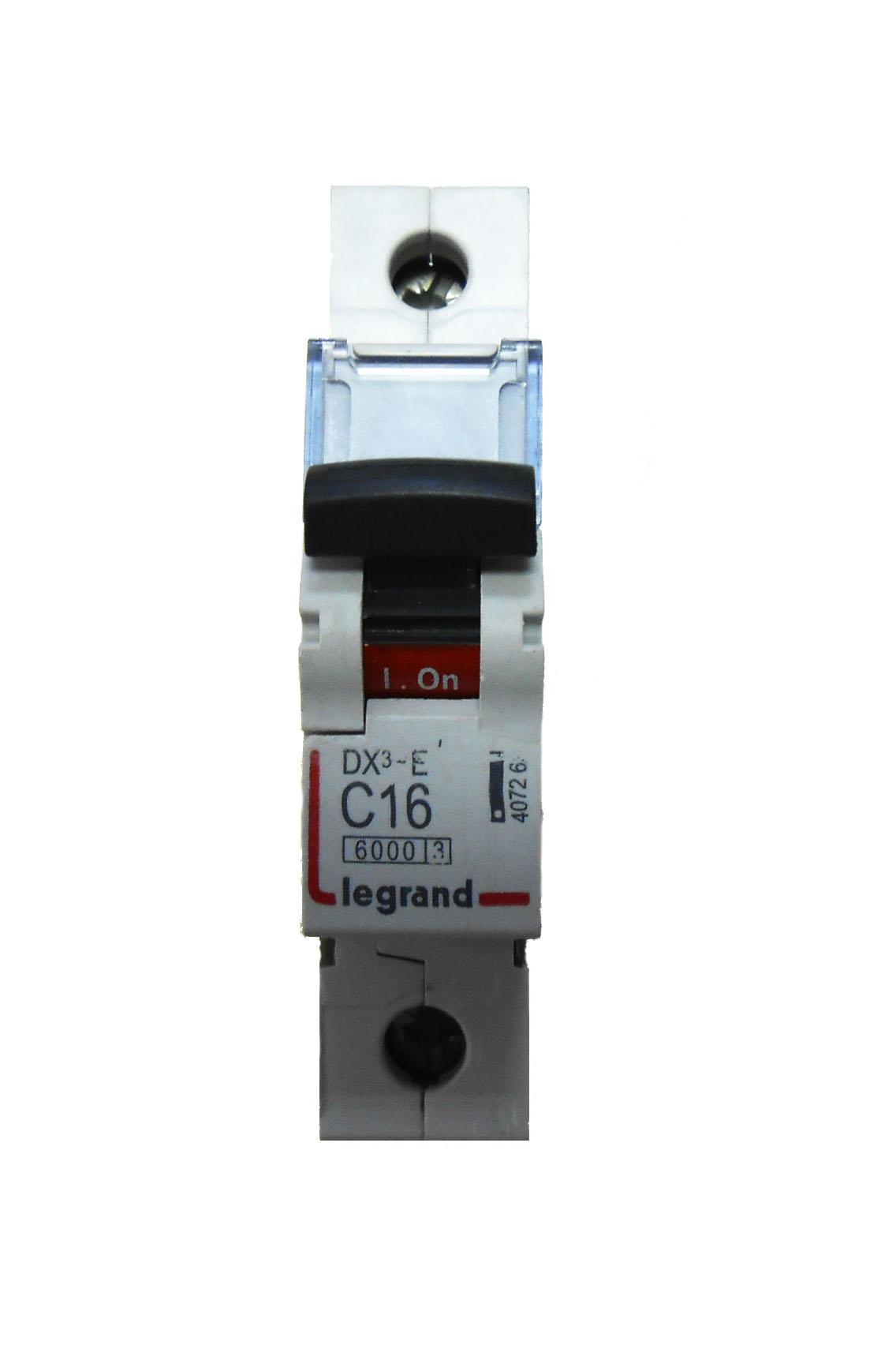 Автомат Legrand