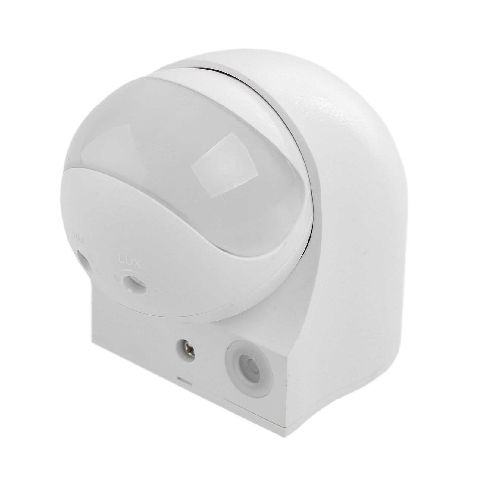 Датчик движения IekДатчики движения<br>Угол обнаружения: 180,<br>Мощность: 0.45,<br>Максимальная подключаемая мощность: 1100,<br>Радиус действия: 10,<br>Материал: пластик,<br>Цвет: белый<br>