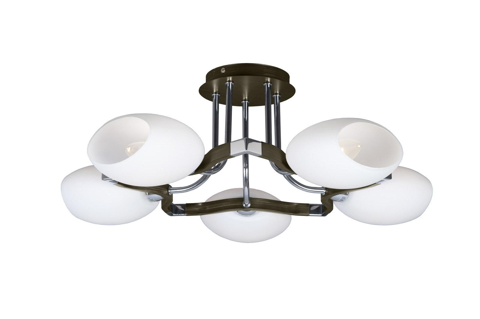 Люстра МАКСИСВЕТЛюстры<br>Назначение светильника: для гостиной,<br>Стиль светильника: модерн,<br>Тип: потолочная,<br>Материал светильника: металл, дерево, стекло,<br>Материал плафона: стекло,<br>Материал арматуры: металл,<br>Длина (мм): 540,<br>Ширина: 540,<br>Высота: 215,<br>Количество ламп: 5,<br>Тип лампы: накаливания,<br>Мощность: 40,<br>Патрон: Е14,<br>Пульт ДУ: нет,<br>Цвет арматуры: хром<br>